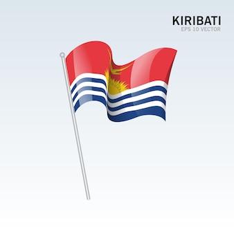 Kiribati, agitant le drapeau isolé sur gris