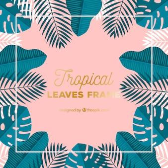 Laissez le cadre avec la végétation tropicale