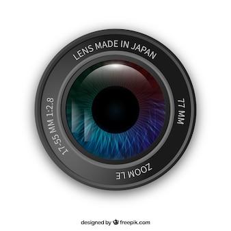 Lentille de l'appareil photo avec un oeil