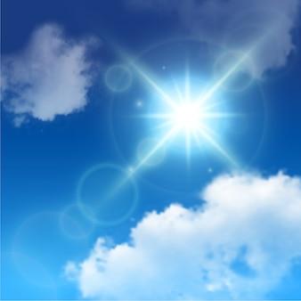 La lentille du soleil réaliste s'évase parmi les nuages blancs sur le ciel bleu