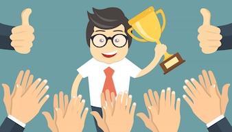 Les gens applaudissent à un homme d'affaires prospère