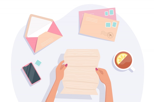 Une lettre entre les mains d'une femme, tient et lit une lettre. concept de correspondance et de livraison postale. vue de dessus. illustration.