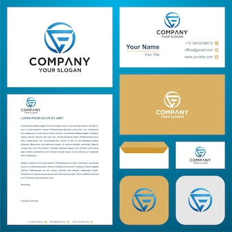 La lettre initiale du logo ce ou e se combine avec le concept de triangle dans le vecteur premium de carte de visite