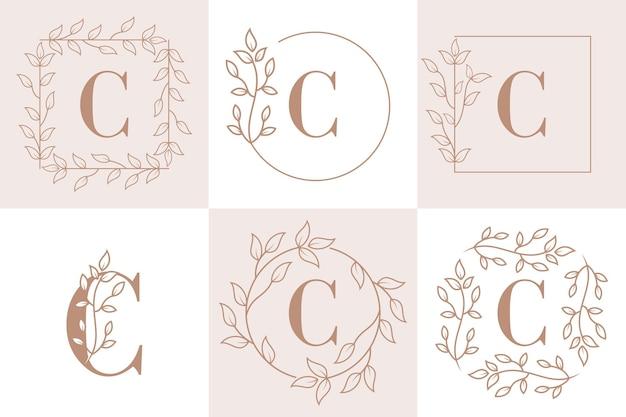 Lettre c initiale avec modèle de cadre floral