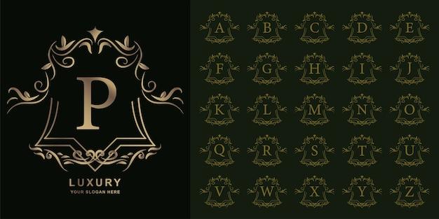 Lettre p ou alphabet initial de collection avec modèle de logo doré cadre floral ornement de luxe.