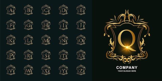 Lettre q ou alphabet initial de collection avec modèle de logo doré cadre floral ornement de luxe.