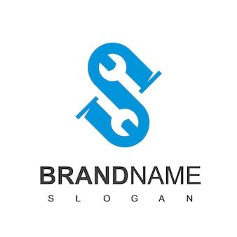 Lettre s, logo de plomberie, tuyau initial s avec symbole de clé