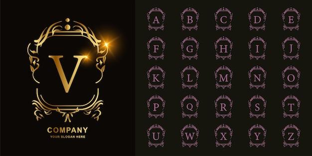 Lettre v ou alphabet initial de collection avec modèle de logo doré cadre floral ornement de luxe.