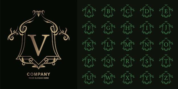 Lettre v ou alphabet initial de collection avec modèle de logo doré de luxe ornement cadre floral.