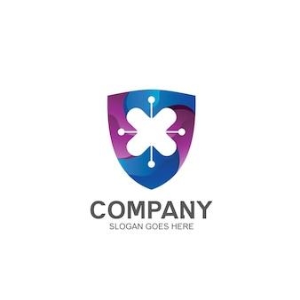 Lettre x avec bouclier dans le logo de la technologie
