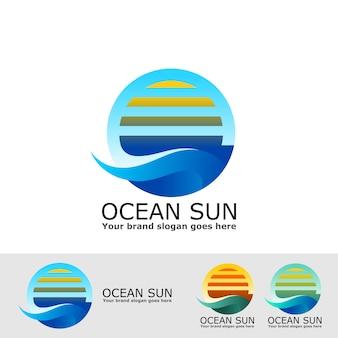 Lever du soleil dans l'océan