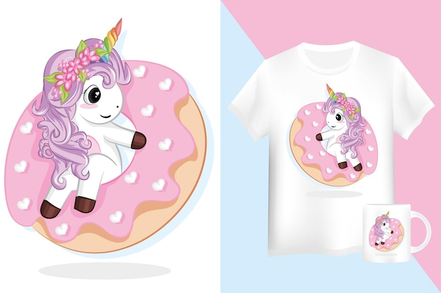 Licorne mauve mignonne avec des beignets roses. maquette chemise et tasse avec personnage de dessin animé de licorne.