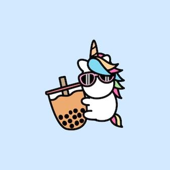 Licorne mignonne aime la bande dessinée de thé à bulles
