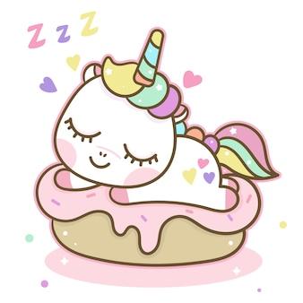 Licorne mignonne dormir sur un gâteau