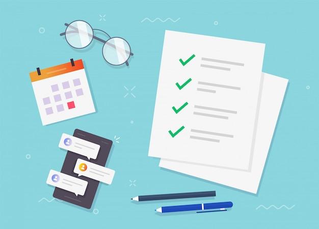 Liste de contrôle des coches pour faire une feuille de papier de formulaire de tâche sur le vecteur de table de bureau