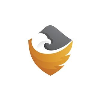 Logo aile et bouclier de tête d'oiseau isolé sur blanc