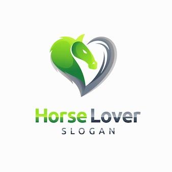 Logo d'amoureux de chevaux avec le concept d'amour