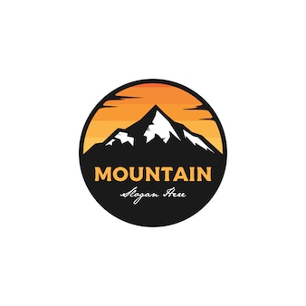 Logo badge de montagne