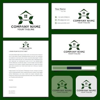 Logo et carte de visite de style feuille immobilier