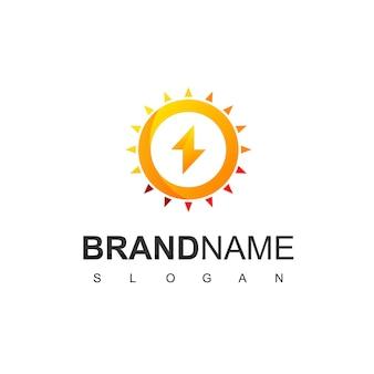 Logo de cellule solaire avec symbole de boulon et de soleil