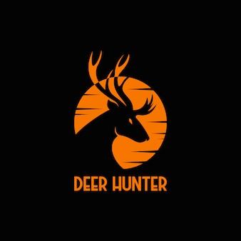 Logo coucher de soleil chasseur de cerf