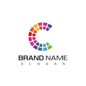Logo créatif de la lettre c