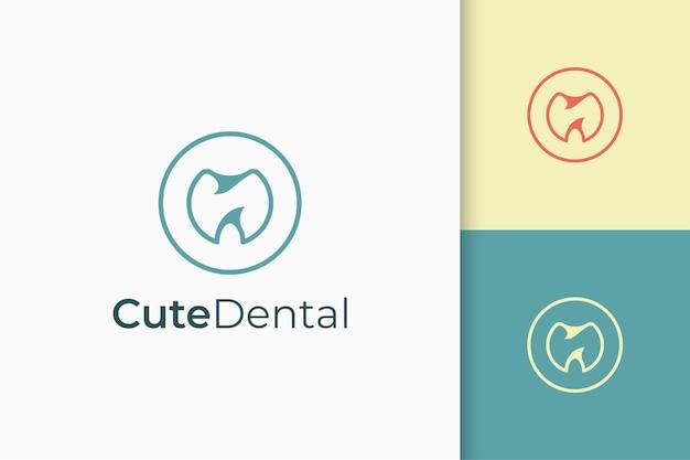 Logo dentaire en simple et moderne pour la réparation ou la récupération