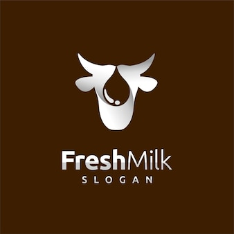 Logo de lait frais avec concept de gouttelettes