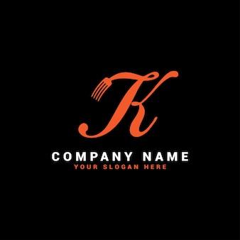 Logo de lettre k food avec symbole de fourchette