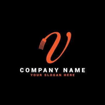Logo de lettre de nourriture de v avec le symbole de fourchette