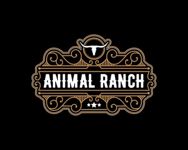 Logo de luxe vintage de style occidental longhorn avec crâne pour la marque de boucherie de ranch d'élevage