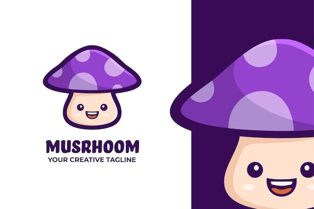 Logo de mascotte de champignon mignon
