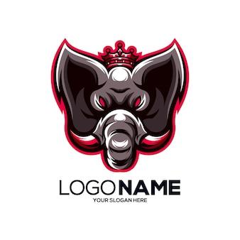 Logo de mascotte de roi éléphant isolé sur blanc