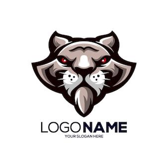 Logo de mascotte de tigre isolé sur blanc
