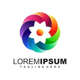 Logo multimédia coloré