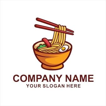Logo de nourriture de nouilles isolé sur blanc