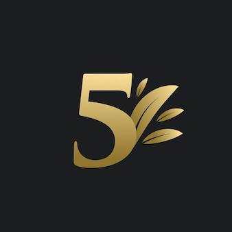 Logo numéro cinq d'or avec des feuilles d'or. logo naturel numéro 5 avec feuille d'or.
