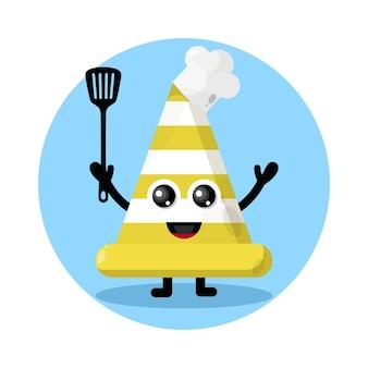 Logo de personnage mignon de cône de signalisation de chef
