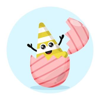 Logo de personnage mignon de cône de signalisation d'oeuf de pâques