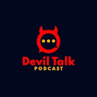 Logo de podcast de diable avec l'icône de diable espiègle de concept de conversation de bulle