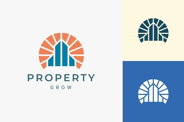 Logo de propriété ou de bâtiment pour l'immobilier dans le luxe et la forme abstraite