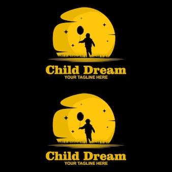 Logo de rêve d'enfant, atteignant le modèle de logo pour votre entreprise