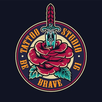 Logo rond coloré de studio de tatouage
