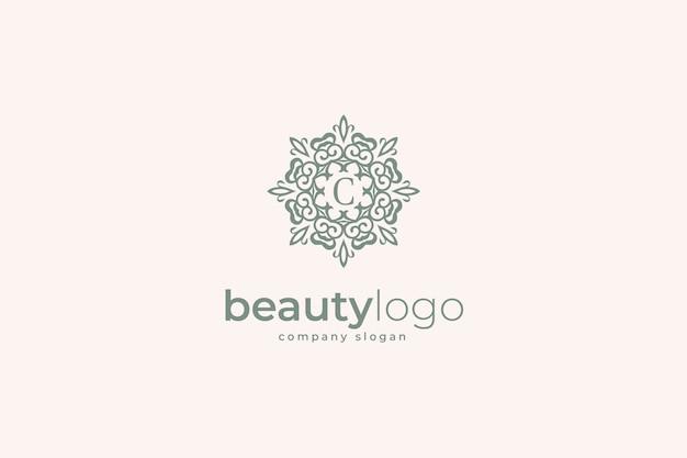Logo royal de beauté