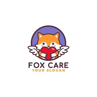 Logo de soins de coeur étreignant mignon renard