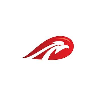 Logo de tête d'aigle d'oiseau dans l'espace négatif