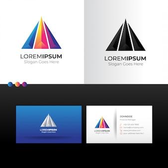 Logo triangle pyramide abstraite