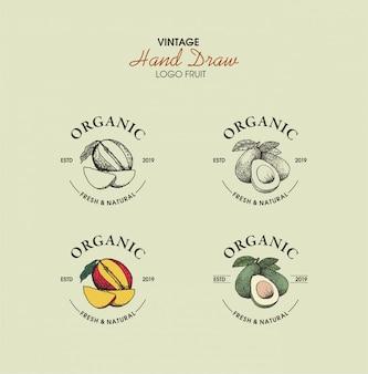 Logo vintage dessiné à la main bio