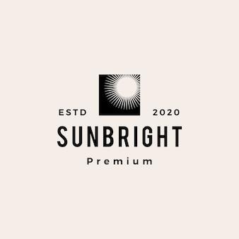 Logo vintage de hipster lumineux soleil