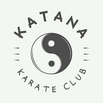 Logo vintage de karaté ou d'arts martiaux